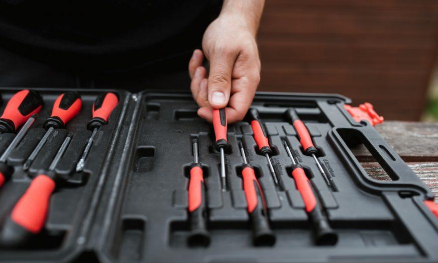 bricolage-valise-multi-outils-manupro-aluminium